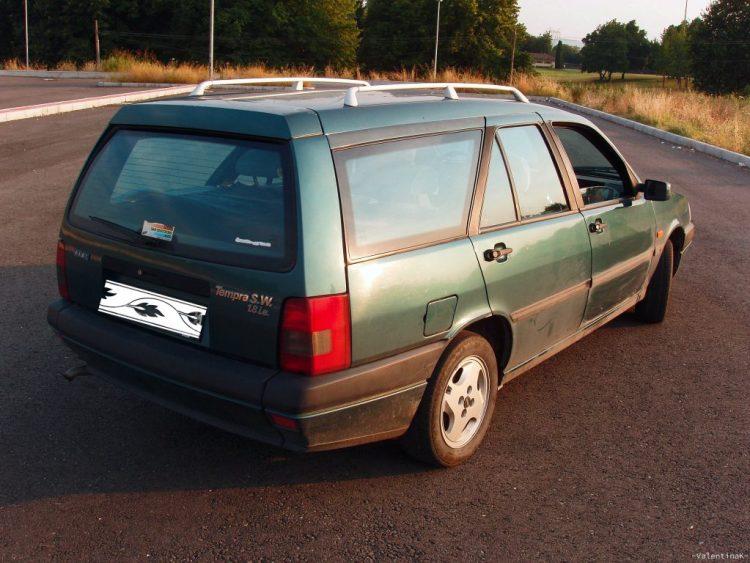 viaggiare negli anni novanta: fiat tempra verde, il mio mezzo di trasporto