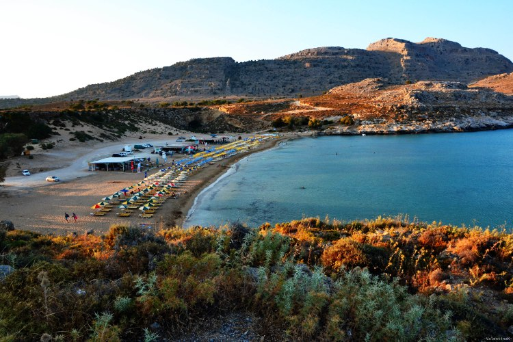 La spiaggia di Agathi al tramonto