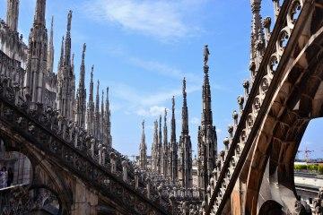Il duomo di Milano e le sue terrazze: scorcio suggestivo