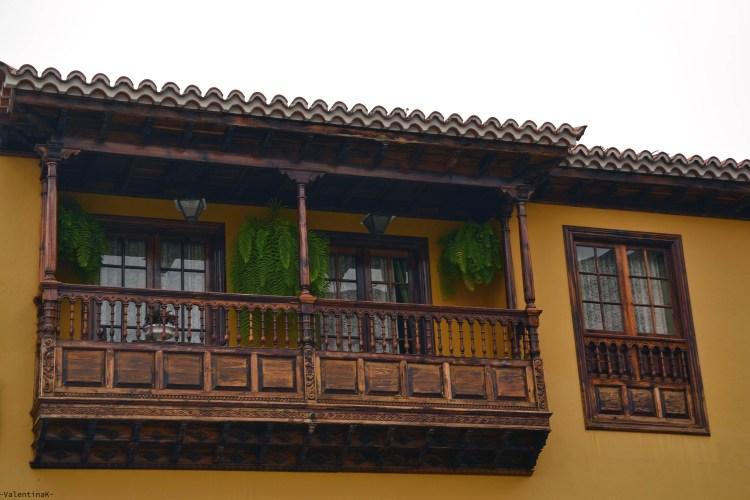dieci cose che amo di tenerife: i balconi in legno di La Orotava