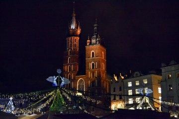 andare a cracovia per natale: 10 esperienze per vivere la magia dell'inverno polacco