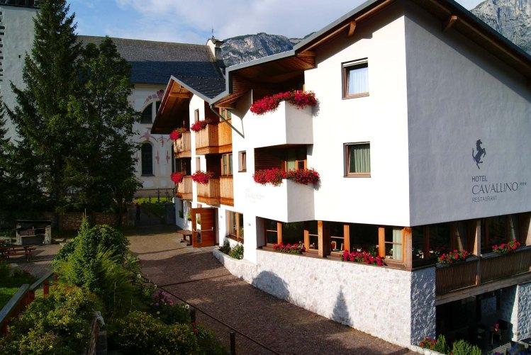 Cosa fare in Val Badia quando piove: soggiornare all'hotel cavallino di badia