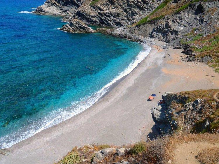spiagge nella Sardegna del nord ovest: la frana vista dall'alto