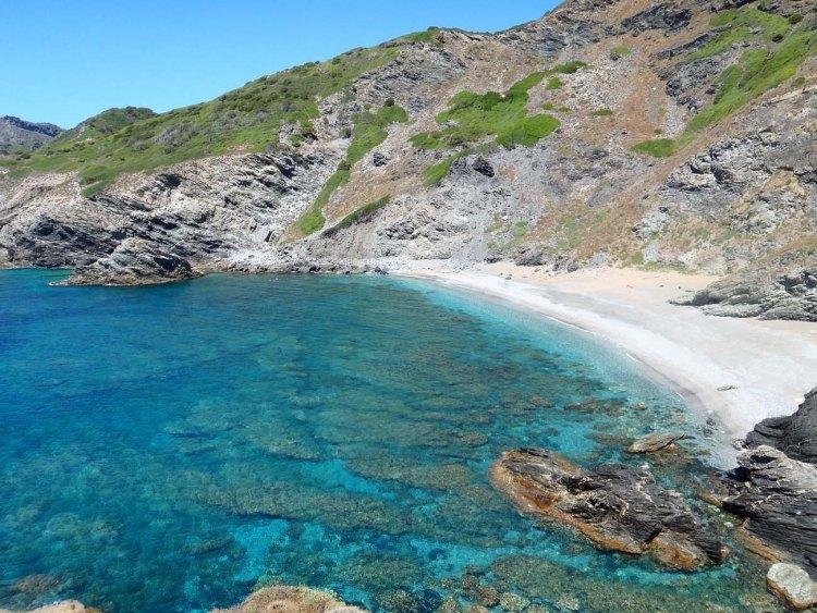 la bellissima spiaggia sarda de la frana