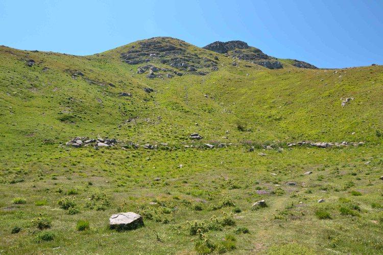 escursione al Monte Cimone: prati e residui di circoli glaciali sotto al Cimone