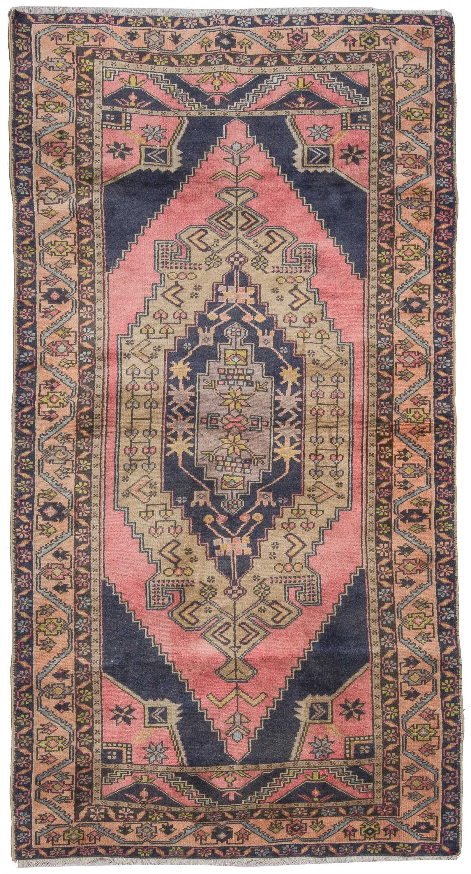 Vintage Turkish Rug  0839