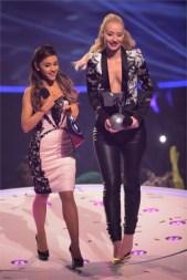 Ariana Grande & Iggy Azalea