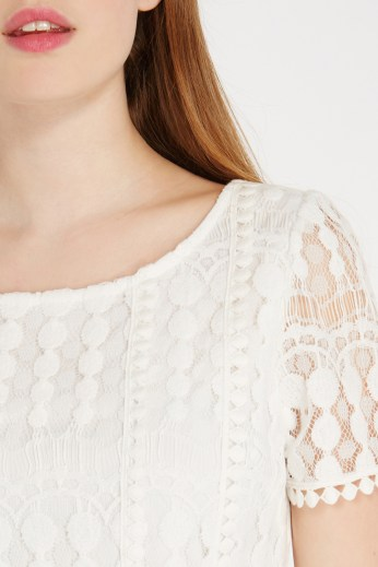Spot Mesh Pom Pom Tee €44 http://www.oasis-stores.com/spot-mesh-pom-pom-tee/loved-by-mollie/oasis/fcp-product/3190397703