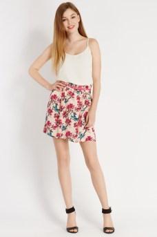 Tropical Print Skirt €35 http://www.oasis-stores.com/tropical-print-skirt/loved-by-mollie/oasis/fcp-product/3740008700