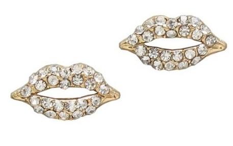 Chicnova €2.52 - Sexy Style Lips Shape Alloy Earrings With Diamond http://bit.ly/1zAsfH2