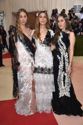 Alana, Danielle & Este Haim