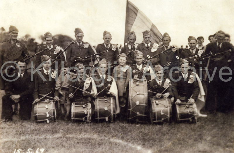 Laune Pipers Band May 15th 1949   The band was founded in September 1944 made it's first outing to Caragh Lake Regatta August 5th 1945 Played at Puck Fair same year. Wore uniforms for the first time at Puck 1947