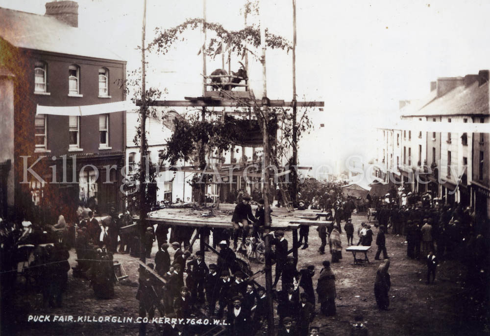 A William Lawrence photograph of the Puck Stand in 1900 ...