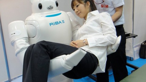 riba_2_robot_carries_humans