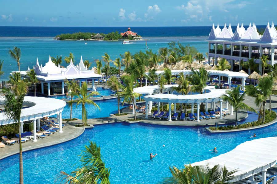 piscina-pool_tcm55-31495