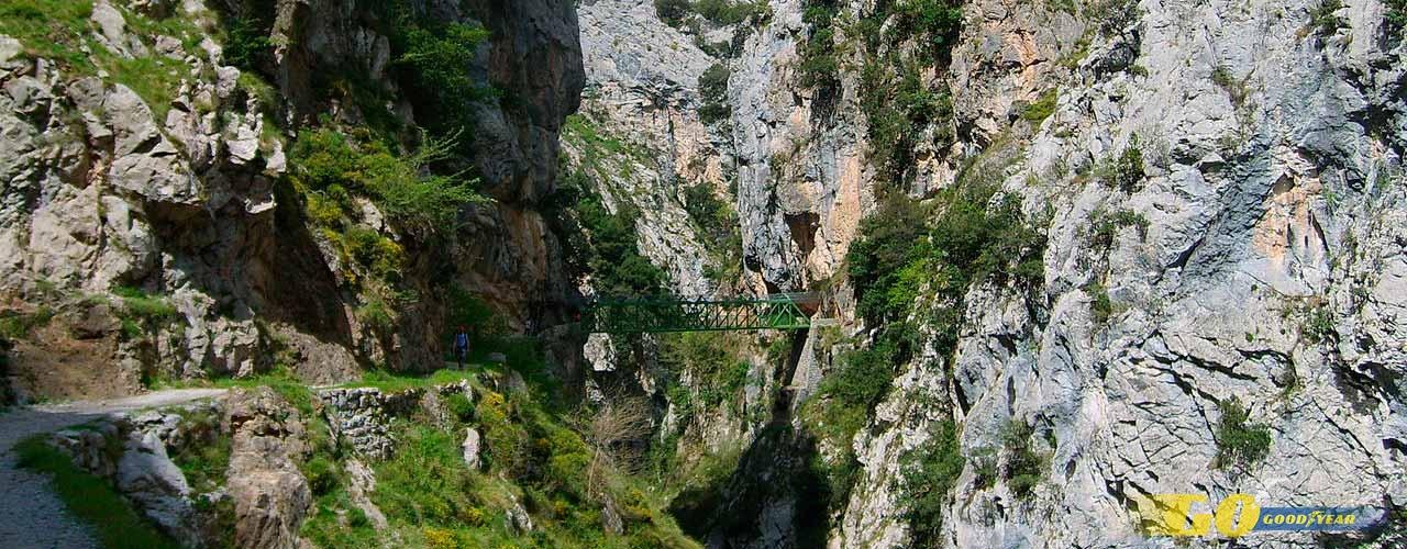 asturias ruta del cares puente