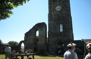 Papingo shooting at the Abbey