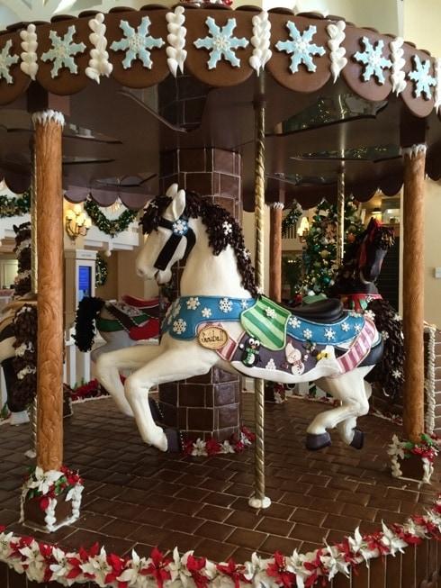 Disneys Beach Club Christmas Decorations Kim And Carrie