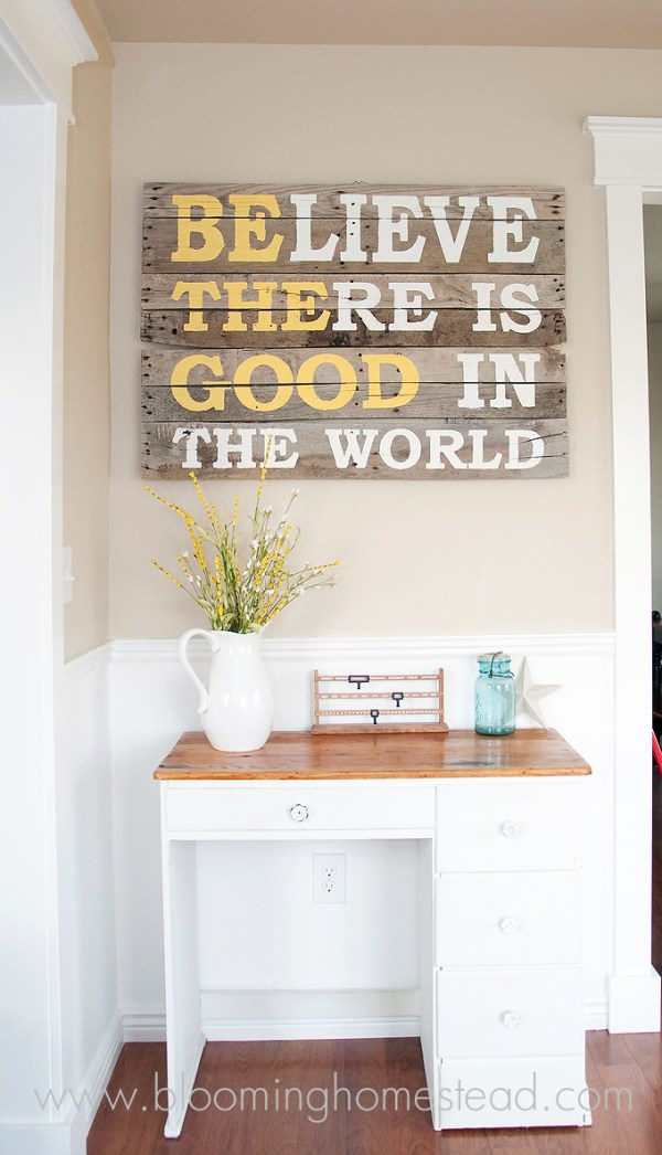 10+ DIY Wood Signs | www.kimberdawnco.com