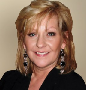 Christine Kluever at Kimberly K Hair Studio   Master Stylist   Licensed Educator & Cosmetologist: Midlothian, Illinois