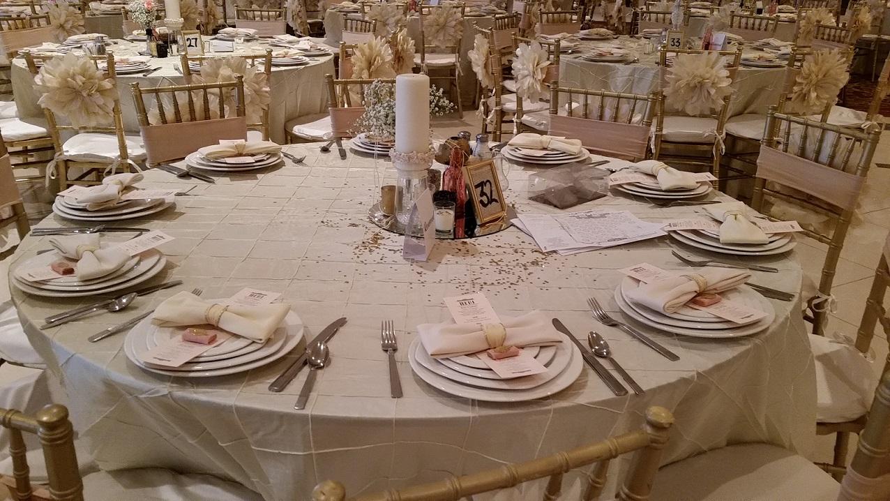 Simple But Elegant Wedding Centerpiece Ideas