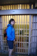 Kim bij een cel