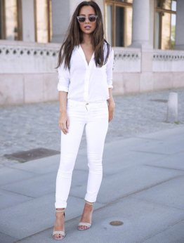 White-Jeans-and-Blouse-Outfit