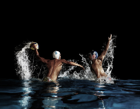 Water polo plyer