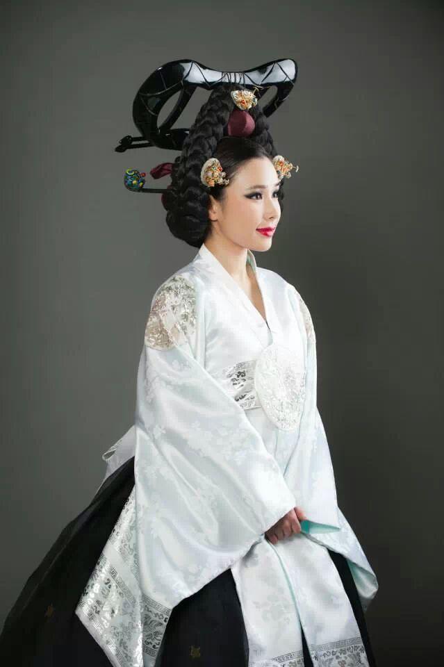 Kim Mehee Hanbok Couture Miss Asia Usa