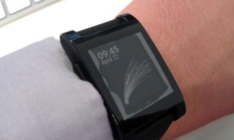 Pebble watch with kimondo design