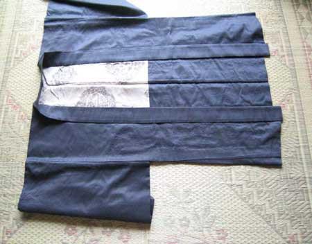 羽織のたたみ方 そのⅠ
