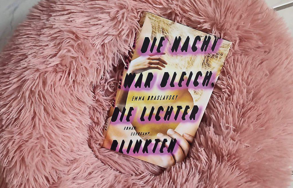 Emma Blaslavsky, Die Nacht war bleich, die Lichter blinkten