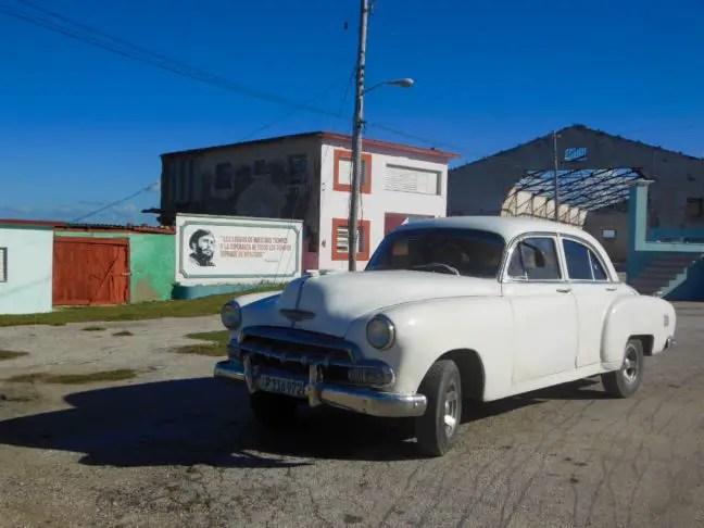 Oude Cubaanse auto in Gibara