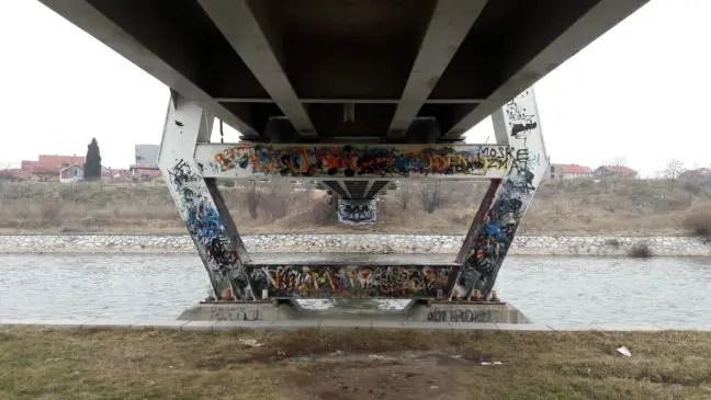 Loop ook eens langs de waterkant van de Nišava rivier.