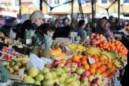 Koopkraam op de markt.