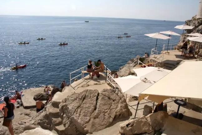De geheime Buza Bars van Dubrovnik hebben direct uitzicht op zee.