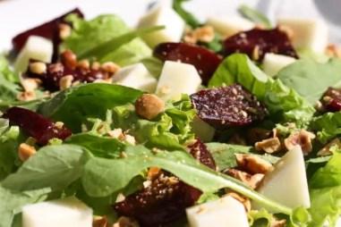 Salade bij Sesame Tavern