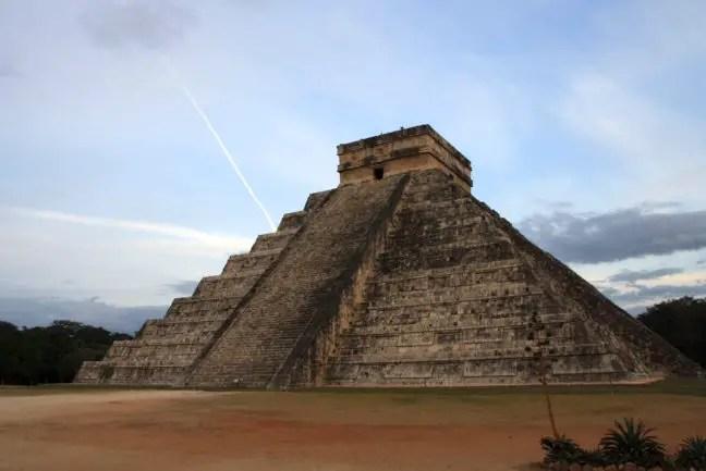 El Castillo, de grote piramide van Chichén Itza