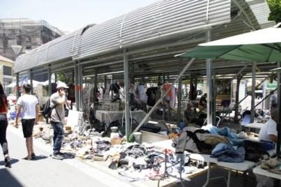 De dagelijkse vlooienmarkt in Tel Aviv.