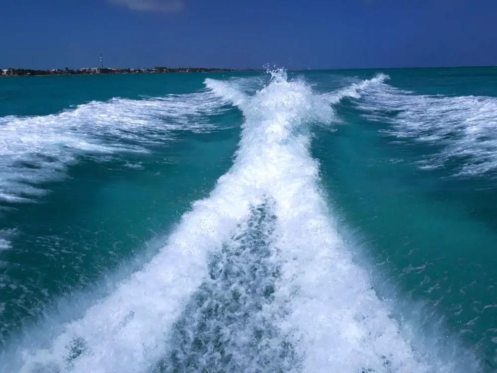 Boot Belize, water, varen