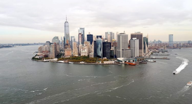 Uitzicht op New York, Manhattan, vanuit de helikopter.