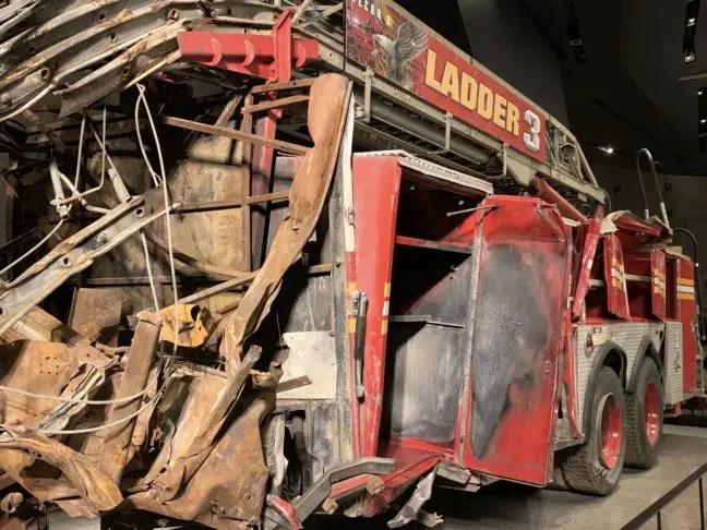 Een brandweerauto die ter plaatse was bij 9/11