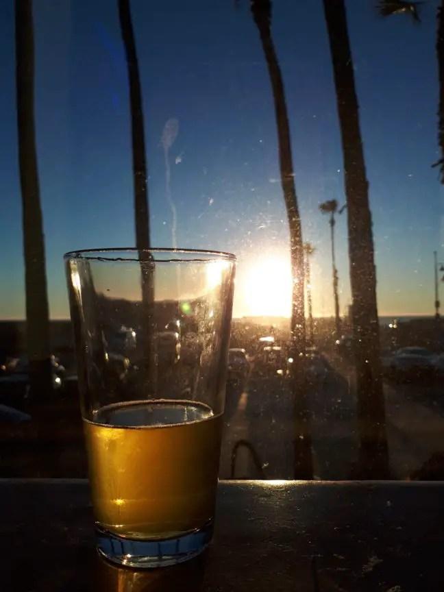 Biertje drinken bij The Venice Whaler.