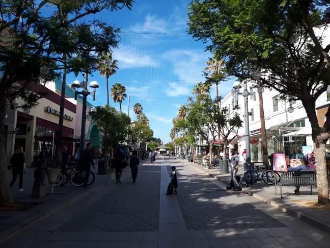Winkelstraat van Santa Monica in L.A.