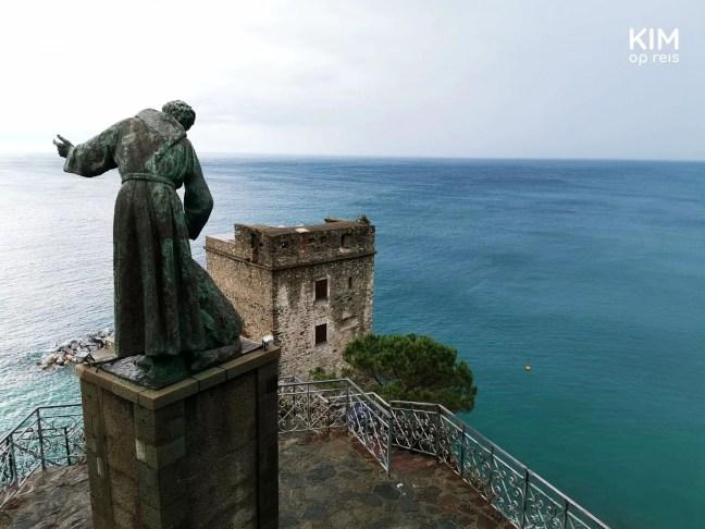 Zeezicht bij Monterosso al Mare