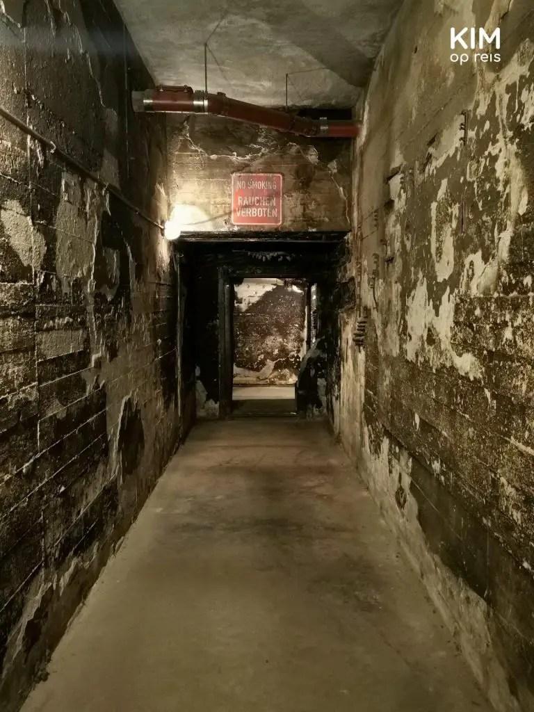 Gang naar bunkers Tempelhof