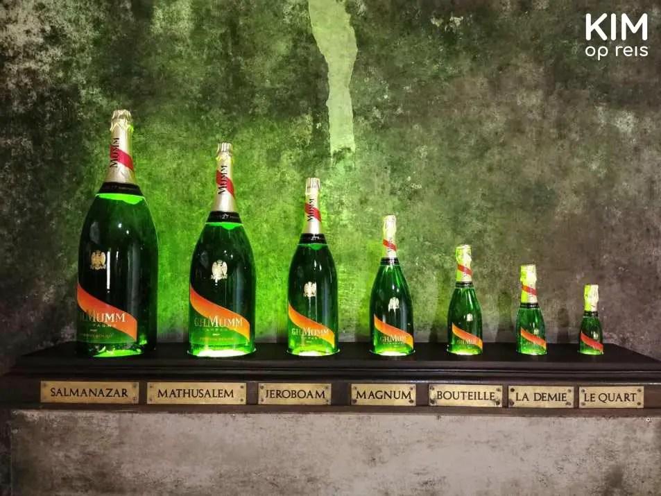 Collectie champagneflessen Mumm