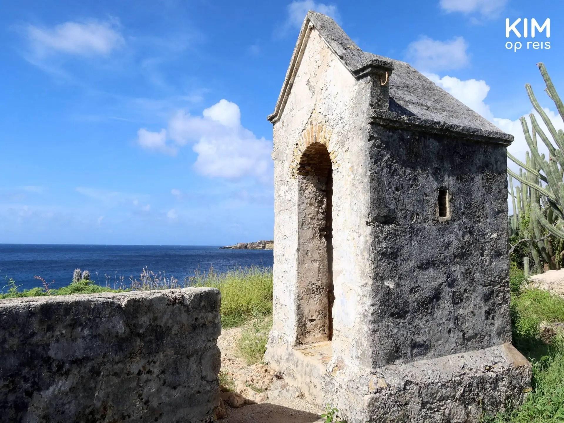 Fort Beekenburg kapelletje: klein kapelletje op het terrein van het fort