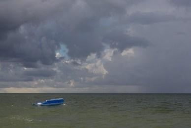 raft, ocean, storm