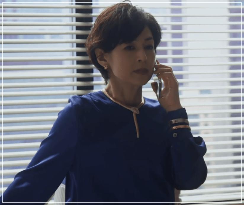 SUITS/スーツ[9話] 鈴木保奈美のコートにネックレス!シャネルやブルガリも13